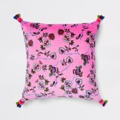 📷 https://www.riverisland.com/p/pink-floral-velvet-cushion-900046
