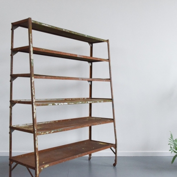 📷https://www.vinterior.co/listings/vintage-rustic-rusted-metal-free-standing-indoor-or-outdoor-shelving-unit-room-divider