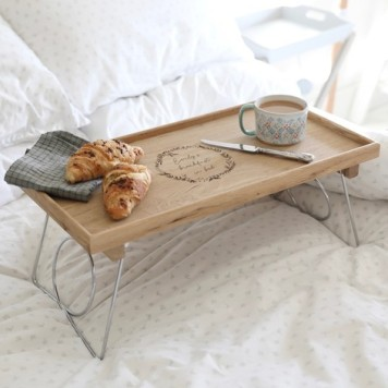 📷 https://www.lisaangel.co.uk/personalised-sagaform-large-oak-bed-tray